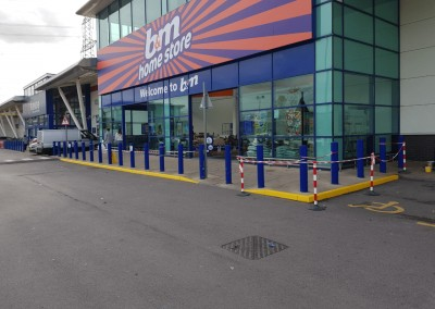 Commercial Paining and Decorating Contractors in Cardiff & Bristol - our recent work - B&M Shopfront